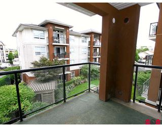 "Photo 10: 309 20239 MICHAUD Crescent in Langley: Langley City Condo for sale in ""CITY GRANDE"" : MLS®# F2823158"