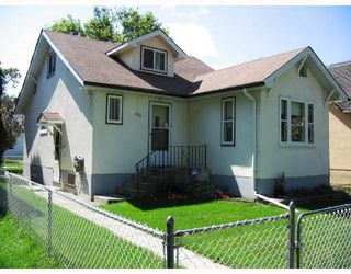 Photo 1: 486 BOYD Avenue in WINNIPEG: North End Residential for sale (North West Winnipeg)  : MLS®# 2815185
