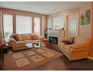 Photo 3: 302 7188 ROYAL OAK Avenue in Burnaby: Metrotown Condo for sale (Burnaby South)  : MLS®# V766688