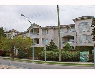 Photo 1: 302 7188 ROYAL OAK Avenue in Burnaby: Metrotown Condo for sale (Burnaby South)  : MLS®# V766688
