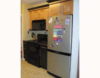 Photo 4: 332 BOWMAN Avenue in WINNIPEG: East Kildonan Residential for sale (North East Winnipeg)  : MLS®# 2912084