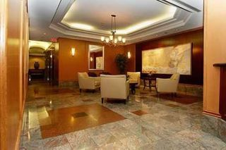 Photo 3: #602 24 W Wellesley Street in Toronto: Bay Street Corridor Condo for lease (Toronto C01)  : MLS®# C4539686