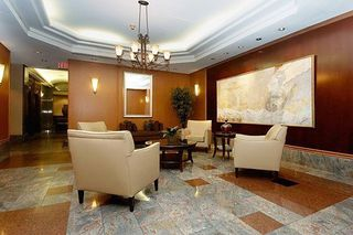Photo 4: #602 24 W Wellesley Street in Toronto: Bay Street Corridor Condo for lease (Toronto C01)  : MLS®# C4539686