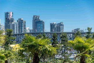 """Photo 20: 309 1470 PENNYFARTHING Drive in Vancouver: False Creek Condo for sale in """"HARBOUR COVE"""" (Vancouver West)  : MLS®# R2400302"""