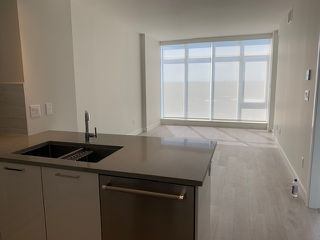 """Photo 3: 4003 1788 GILMORE Avenue in Burnaby: Brentwood Park Condo for sale in """"ESCALA"""" (Burnaby North)  : MLS®# R2402952"""