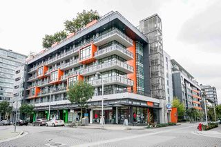Main Photo: 607 123 W 1ST Avenue in Vancouver: False Creek Condo for sale (Vancouver West)  : MLS®# R2403542