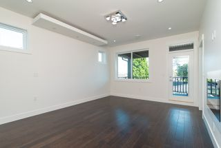 Photo 12: 8042 17TH Avenue in Burnaby: East Burnaby House for sale (Burnaby East)  : MLS®# R2413433
