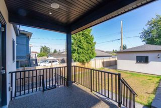 Photo 20: 8042 17TH Avenue in Burnaby: East Burnaby House for sale (Burnaby East)  : MLS®# R2413433
