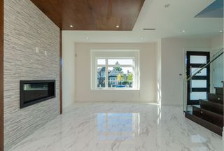 Photo 3: 8042 17TH Avenue in Burnaby: East Burnaby House for sale (Burnaby East)  : MLS®# R2413433
