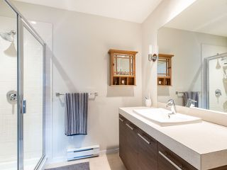 """Photo 13: 13 2495 DAVIES Avenue in Port Coquitlam: Central Pt Coquitlam Townhouse for sale in """"Arbour by Mosaic"""" : MLS®# R2434032"""