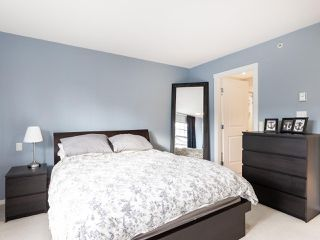 """Photo 10: 13 2495 DAVIES Avenue in Port Coquitlam: Central Pt Coquitlam Townhouse for sale in """"Arbour by Mosaic"""" : MLS®# R2434032"""