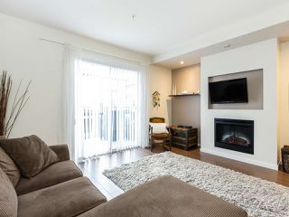 """Photo 2: 13 2495 DAVIES Avenue in Port Coquitlam: Central Pt Coquitlam Townhouse for sale in """"Arbour by Mosaic"""" : MLS®# R2434032"""