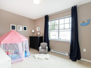 """Photo 12: 13 2495 DAVIES Avenue in Port Coquitlam: Central Pt Coquitlam Townhouse for sale in """"Arbour by Mosaic"""" : MLS®# R2434032"""