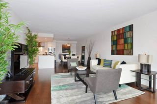 """Photo 6: 501 1470 PENNYFARTHING Drive in Vancouver: False Creek Condo for sale in """"HARBOUR COVE II"""" (Vancouver West)  : MLS®# R2451821"""