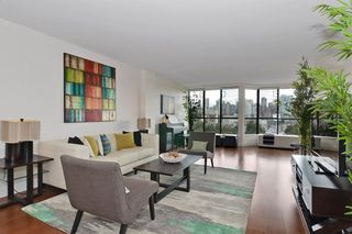 """Photo 12: 501 1470 PENNYFARTHING Drive in Vancouver: False Creek Condo for sale in """"HARBOUR COVE II"""" (Vancouver West)  : MLS®# R2451821"""