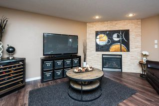 Photo 4: 404 CRIMSON Drive: Sherwood Park House for sale : MLS®# E4201453