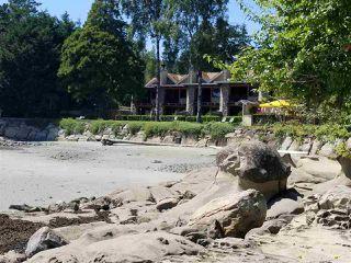 "Photo 1: 20 134 MADRONA Road: Galiano Island Condo for sale in ""GALIANO INN AND SPA"" (Islands-Van. & Gulf)  : MLS®# R2481592"