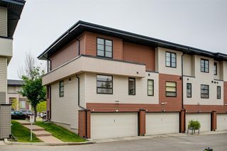 Photo 35: 35 ASPEN HILLS Green SW in Calgary: Aspen Woods Row/Townhouse for sale : MLS®# A1033284