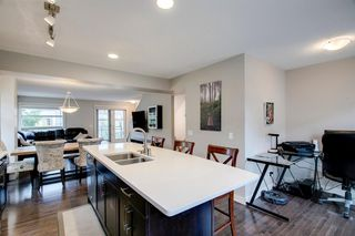 Photo 5: 35 ASPEN HILLS Green SW in Calgary: Aspen Woods Row/Townhouse for sale : MLS®# A1033284