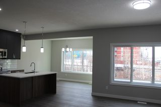 Photo 6: 90 MEADOWLAND Way: Spruce Grove House for sale : MLS®# E4217151