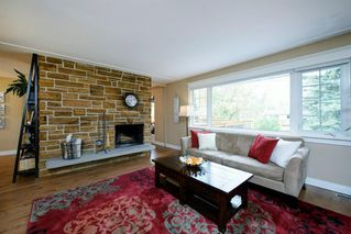 Photo 5: 35 Sydney Drive SW in Calgary: Southwood Detached for sale : MLS®# A1040691