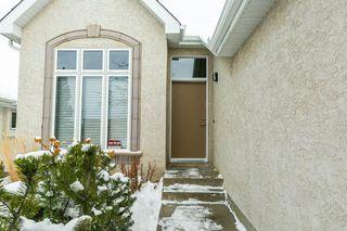 Photo 2: 507 LOUGHEED Court in Edmonton: Zone 14 House for sale : MLS®# E4221830