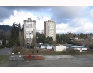"""Photo 10: 805 3737 BARTLETT Court in Burnaby: Sullivan Heights Condo for sale in """"TIMBERLEA TOWER"""" (Burnaby North)  : MLS®# V810390"""