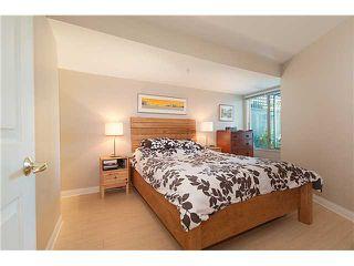 "Photo 7: 209 688 E 16TH Avenue in Vancouver: Fraser VE Condo for sale in ""VINTAGE EASTSIDE"" (Vancouver East)  : MLS®# V838623"