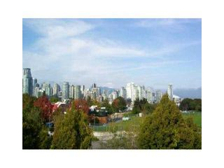 """Photo 1: 2227 OAK Street in Vancouver: Fairview VW Townhouse for sale in """"THE SIXTH ESTATE"""" (Vancouver West)  : MLS®# V849884"""