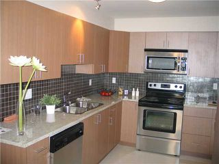 Photo 2: 105 2228 WELCHER Avenue in Port Coquitlam: Central Pt Coquitlam Condo for sale : MLS®# V851045