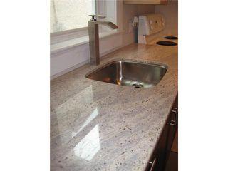 Photo 4: 493 ST JOHN'S Avenue in WINNIPEG: North End Residential for sale (North West Winnipeg)  : MLS®# 1101044