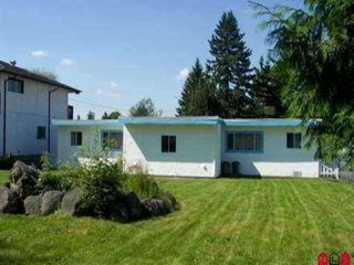 Photo 3: 13741 LARNER Road in Surrey: Bolivar Heights House Duplex for sale (North Surrey)  : MLS®# F1103182