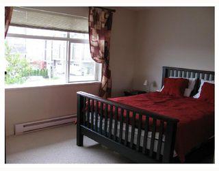 "Photo 8: 13 6539 ELGIN Avenue in Burnaby: Forest Glen BS Townhouse for sale in ""OAKWOOD"" (Burnaby South)  : MLS®# V738347"