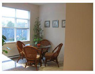 "Photo 4: 13 6539 ELGIN Avenue in Burnaby: Forest Glen BS Townhouse for sale in ""OAKWOOD"" (Burnaby South)  : MLS®# V738347"