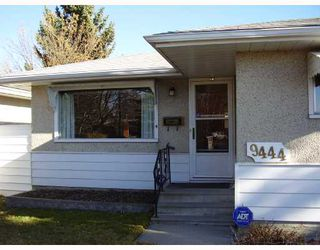 Photo 2: 9444 ALLISON Drive SE in CALGARY: Acadia Residential Detached Single Family for sale (Calgary)  : MLS®# C3358345