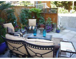 "Photo 9: 210 122 E 3RD Street in North_Vancouver: Lower Lonsdale Condo for sale in ""SAUSALITO"" (North Vancouver)  : MLS®# V775810"