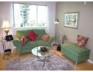 "Photo 3: 210 122 E 3RD Street in North_Vancouver: Lower Lonsdale Condo for sale in ""SAUSALITO"" (North Vancouver)  : MLS®# V775810"