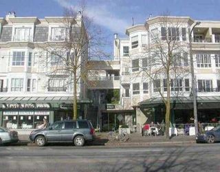 "Photo 1: 249 2565 W BROADWAY Street in Vancouver: Kitsilano Condo for sale in ""TRAFALGAR MEWS"" (Vancouver West)  : MLS®# V776963"