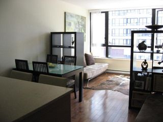 """Photo 10: 304 909 MAINLAND Street in Vancouver: Yaletown Condo for sale in """"YALETOWN PARK"""" (Vancouver West)  : MLS®# R2404966"""