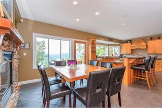 Photo 15: 713 Skyview Place in VICTORIA: Hi Western Highlands Single Family Detached for sale (Highlands)  : MLS®# 416792
