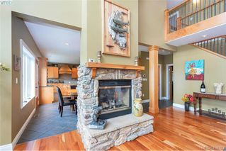 Photo 24: 713 Skyview Place in VICTORIA: Hi Western Highlands Single Family Detached for sale (Highlands)  : MLS®# 416792