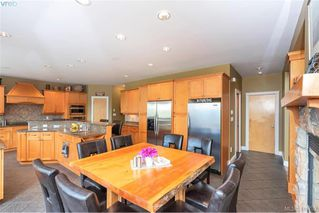 Photo 16: 713 Skyview Place in VICTORIA: Hi Western Highlands Single Family Detached for sale (Highlands)  : MLS®# 416792
