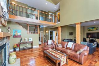 Photo 13: 713 Skyview Place in VICTORIA: Hi Western Highlands Single Family Detached for sale (Highlands)  : MLS®# 416792