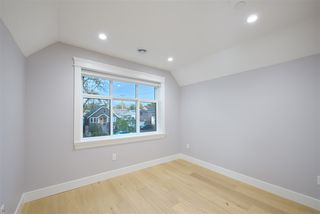 Photo 11: 174 E 48TH Avenue in Vancouver: Main House for sale (Vancouver East)  : MLS®# R2412926