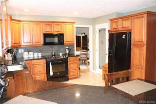 Photo 33: 6245 Tayler Crt in VICTORIA: CS Tanner House for sale (Central Saanich)  : MLS®# 831673