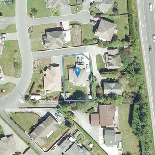 Photo 30: 6245 Tayler Crt in VICTORIA: CS Tanner House for sale (Central Saanich)  : MLS®# 831673