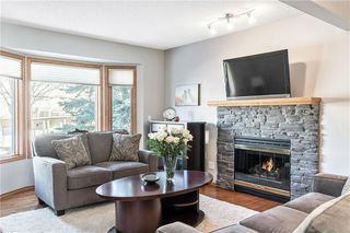 Photo 5: 89 PATINA Park SW in Calgary: Patterson Row/Townhouse for sale : MLS®# C4292890