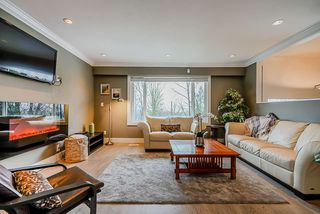 Photo 3: 2994 PASTURE Circle in Coquitlam: Ranch Park House for sale : MLS®# R2463081