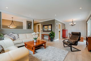 Photo 4: 2994 PASTURE Circle in Coquitlam: Ranch Park House for sale : MLS®# R2463081