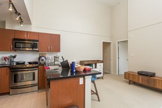 """Photo 7: 410 7339 MACPHERSON Avenue in Burnaby: Metrotown Condo for sale in """"Cadence"""" (Burnaby South)  : MLS®# R2463401"""